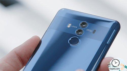 Дизайн однозначно оригинальный — область камеры выделена полосой, под ней сканер отпечатков пальцев.