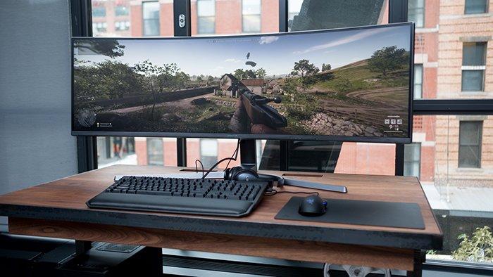 Samsung CHG90 - ультраширокий монитор для игры в PUBG и Dota 2