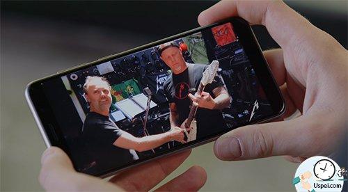 iPhone Xs Max - единственный гаджет, при помощи которого я мог бы делать совершенно всю работу, начиная от сценария, заканчивая полноценным производством контента.