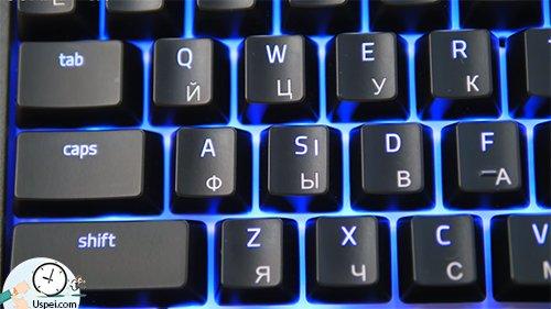 Клавиатуры Razer: BlackWidow Chroma - удобный дизайн клавиш