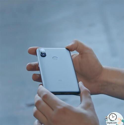 Xiaomi Mi A2 - установлена батарея ёмкостью 3000 мач