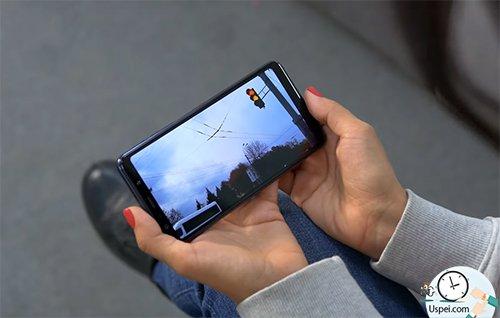 Как снимает Samsung Galaxy A7 2018 - видео