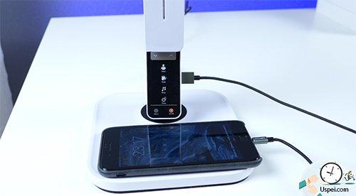 BlitzWolf BW-LT1S - можно зарядить телефон