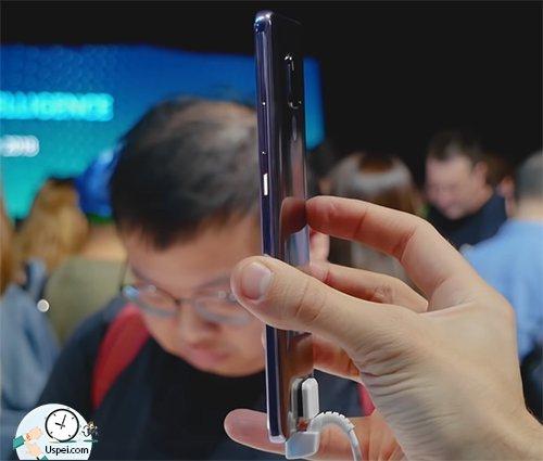 Huawei Mate 20 X 4 тонкий не смотря на емкую батарею