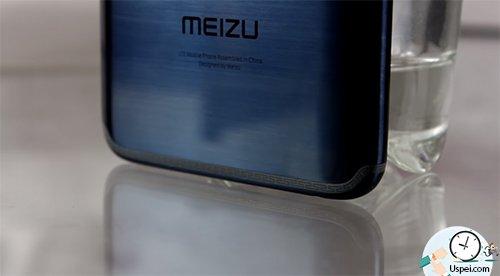 Новинка Meizu 15 - прожилки антенн выполнены в виде рисунков с кельтскими мотивами