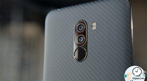 Xiaomi Pocophone F1 - я бы взял кевлар