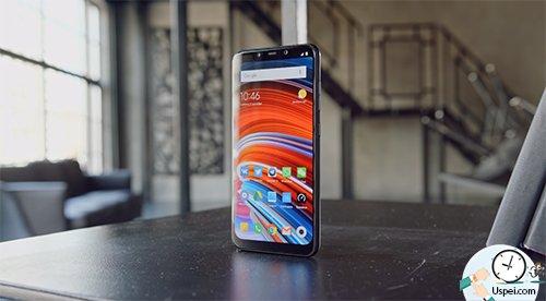 Xiaomi Pocophone F1 - упор сделан на производительность