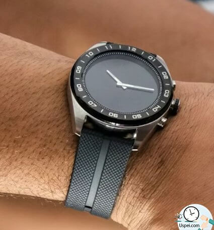 LG представила гибридные смарт-часы за 450$