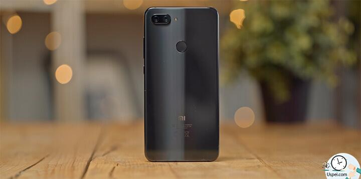 Xiaomi Mi 8 Lite синие тоже классно смотрятся