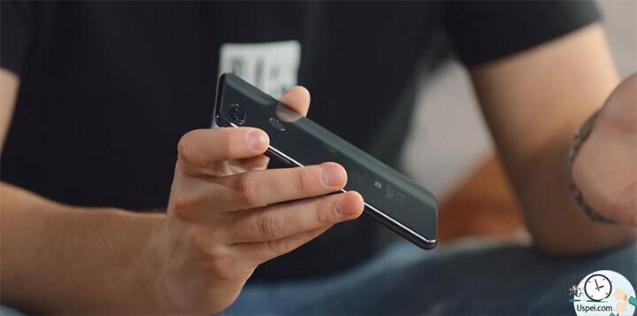 Xiaomi Mi 8 Lite - От пыли и влаги телефон не защищен, здесь также нет инфракрасного порта и что самое печальное, здесь нет NFC