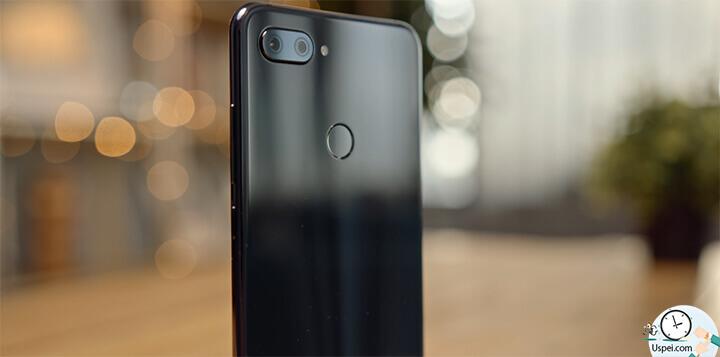 Xiaomi Mi 8 Lite - есть портретный режим, есть искусственный интеллект, который распознает 12 сцен, всякие улучшалки, модификаторы