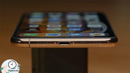 Месяц с iPhone Xs и Xs Max - разъемы