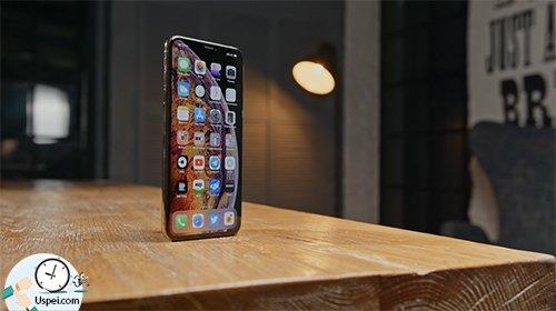 Месяц с iPhone Xs и Xs Max - дисплей