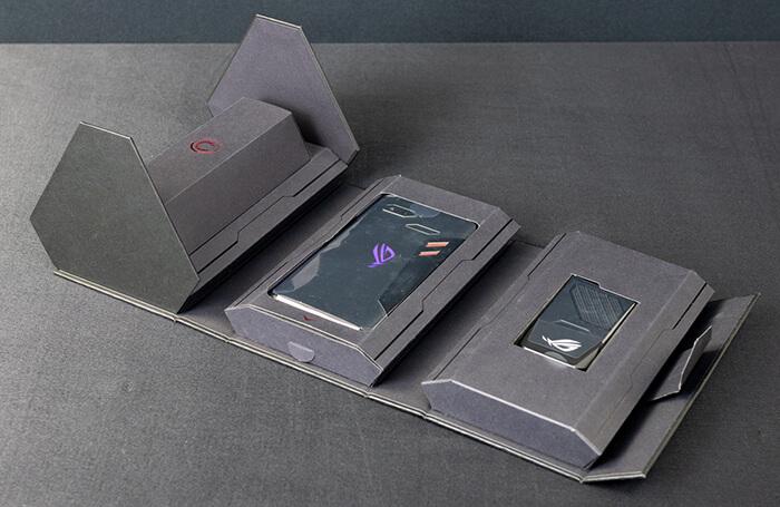 ASUS ROG Phone: красивая упаковка