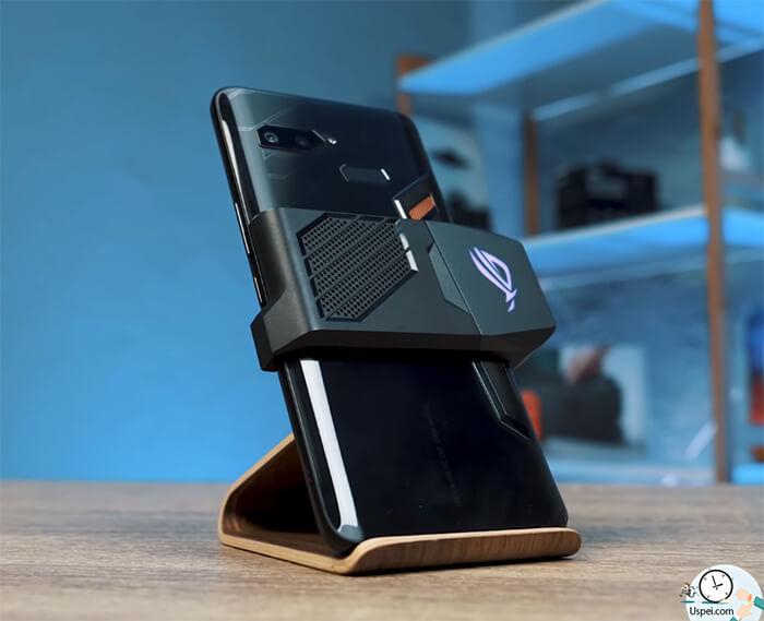 ASUS ROG Phone: комплектный вентилятор