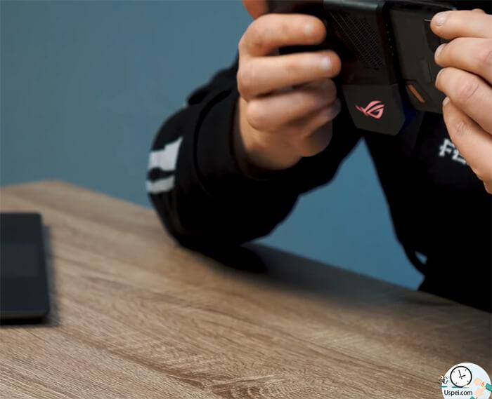 ASUS ROG Phone: если включить принудительно на максимальные обороты, то… ощущения как от маленького игрового ноутбучека.