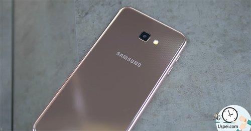 Чем Samsung Galaxy J4+ ЛУЧШЕ Galaxy J4? Корпус из глянцевого пластика