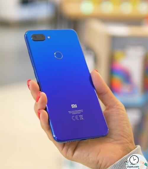 Xiaomi Mi 8 Lite - синий градиент