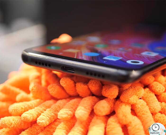 Xiaomi Mi 8: разъемы