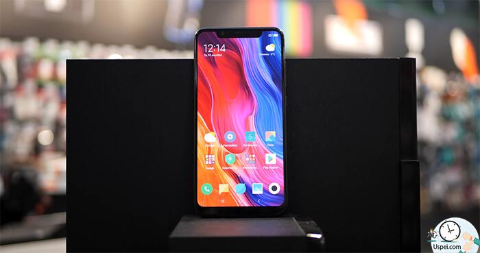Xiaomi Mi 8: Амолед матрица