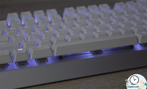 Razer BlackWidow X Chroma Mercury Edition White