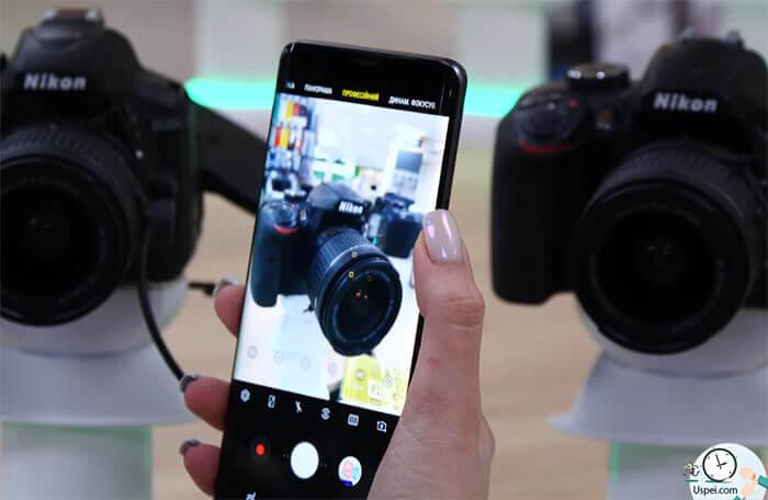 некоторые мобильные камеры поддерживают ручную фокусировку