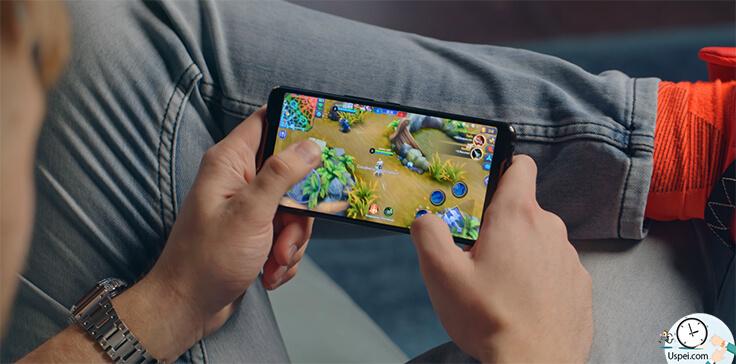 Asus ROG Phone - Играть удобно, приятно, быстро, ничего не нагревается в купе с отличным экраном, моментальный отклик с поддержкой HDR.
