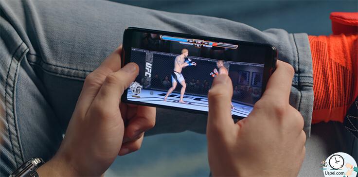 Asus ROG Phone - Навороченные игрушки выводятся на большой 6 дюймовый дисплей с разрешением 2160/1080 пикселей