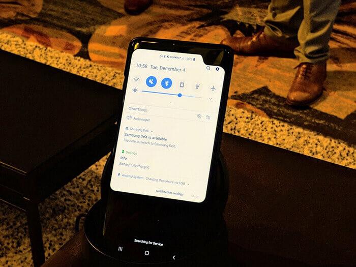 Смартфон-прототип Samsung с жуткой боковой челкой
