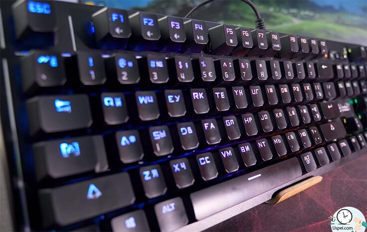 Самая дорогая игровая клавиатура Bloody - люфта нет