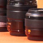 У нас достаточно универсальный набор из нескольких 25 миллиметровых, пары 14 - 140 и одного ширика 7-14 мм все от Panasonic