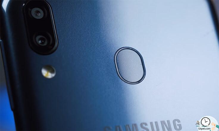 Samsung Galaxy M20 - двойная камера и сканер отпечатка
