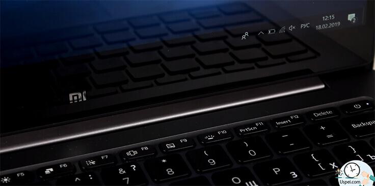 Xiaomi Mi Notebook Air - клавиатура