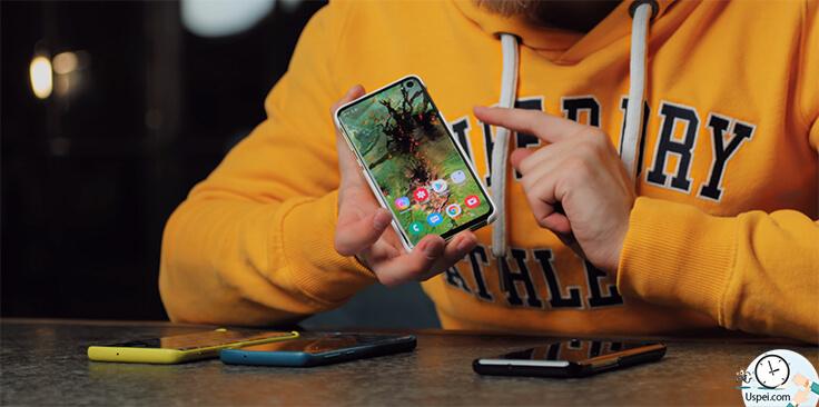 Достаточно просто приложить палец и все - ваш смартфон разблокировался