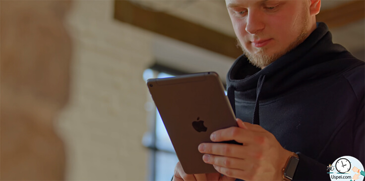 Обзор iPad Mini 5 - никогда не поймете насколько он компактный, потому что смотреть на него нужно вживую