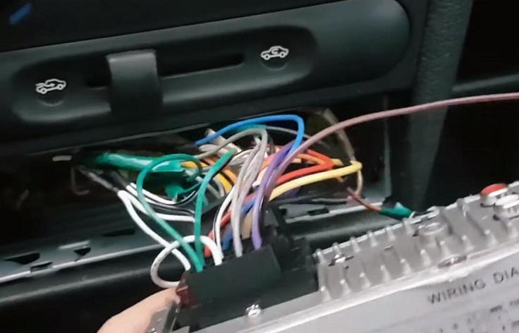 1din магнитола с сенсорным экраном