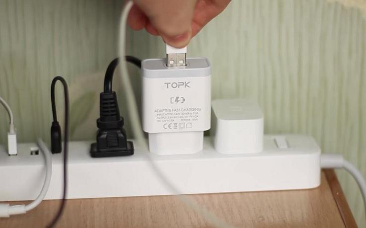 Зарядное устройство TOPK