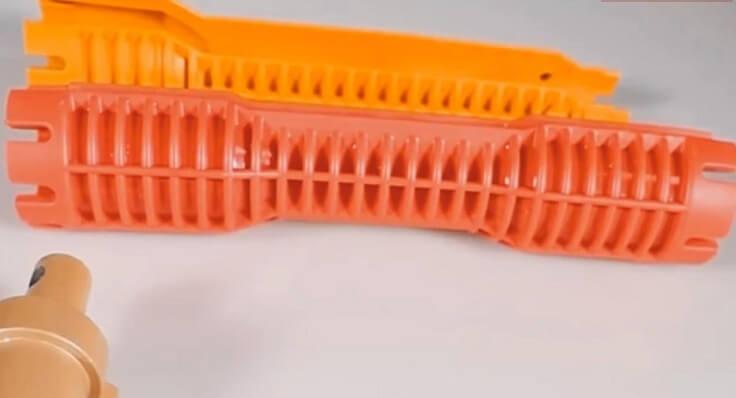 Универсальный гаечный ключ для сантехники