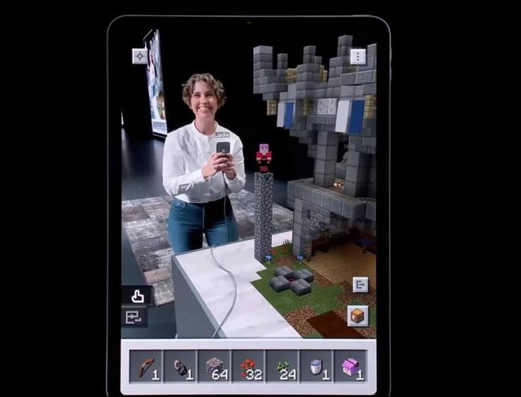 Для особых игроманов, можно даже играть в Minecraft через AR