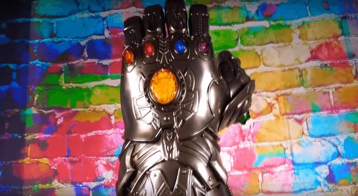 Перчатка Таноса