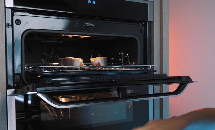 Во время готовки в двух камерах одновременно, запахи не смешиваются