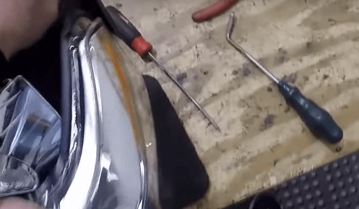 Набор инструментов для вскрытия и ремонта фар