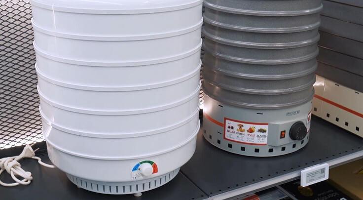 Объем подскажет количество продуктов можно высушить одновременно