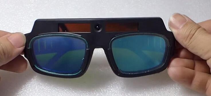 Защитные очки для сварщиков