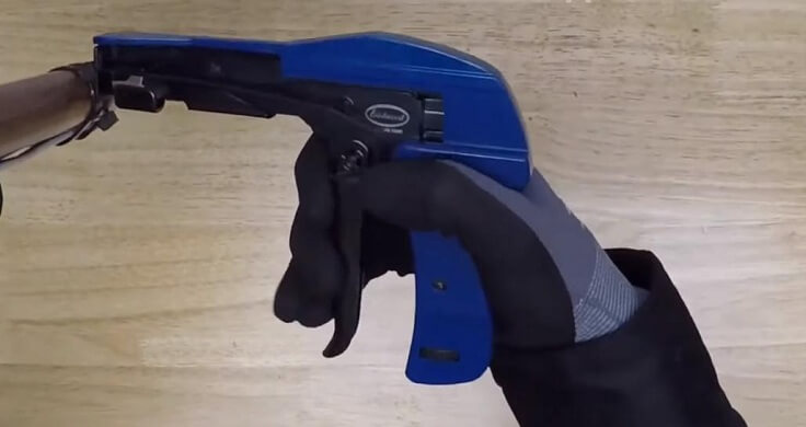 Пистолет для хомутов