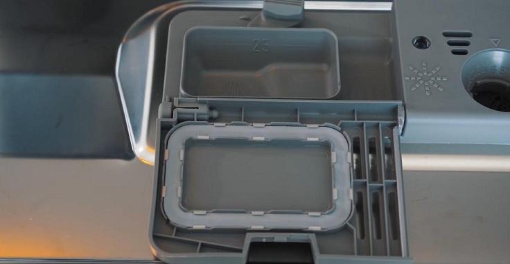 Есть дозатор для моющего средства, дозатор для ополаскивателя