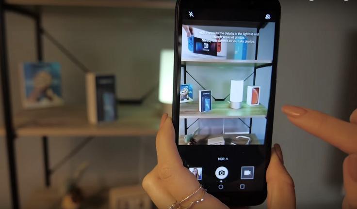 По интерфейсу камер эти 2 смартфона, естественно, тоже похожи