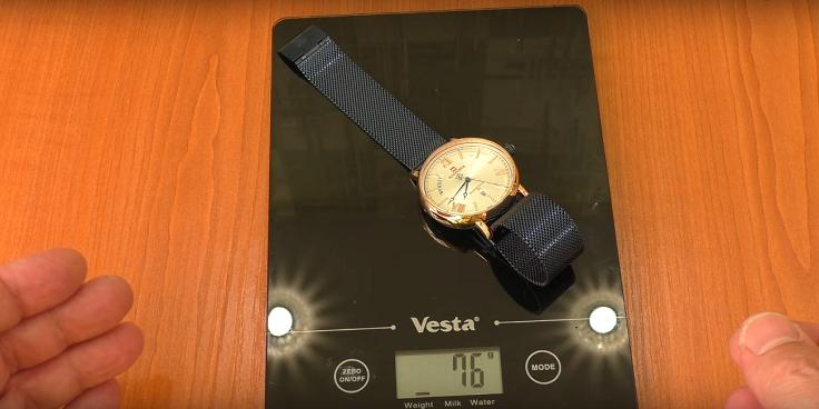Реальный вес часов совпадает с заявленным до мг - 76 г