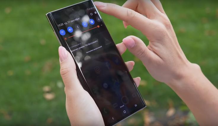 Если у Plus-версии установлено 12 гигабайт, то у обычного Note 10 – только 8