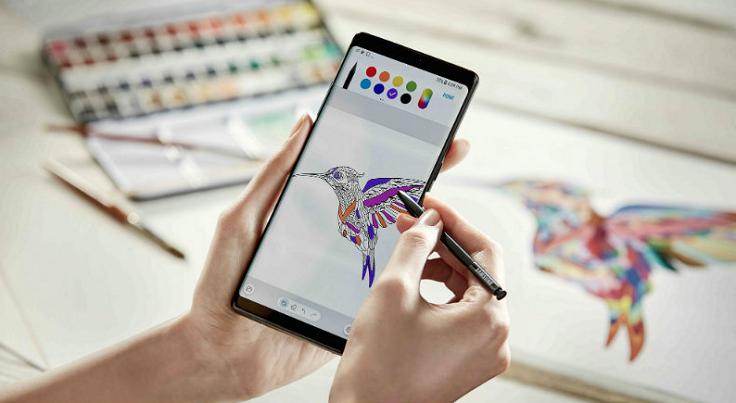 Вообще смартфоны Galaxy Note всегда считались гигантскими